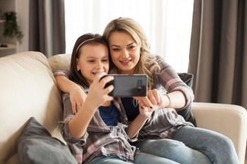 How to Make Your Kids Tech-Smart Without Becoming Screen-Obsessed