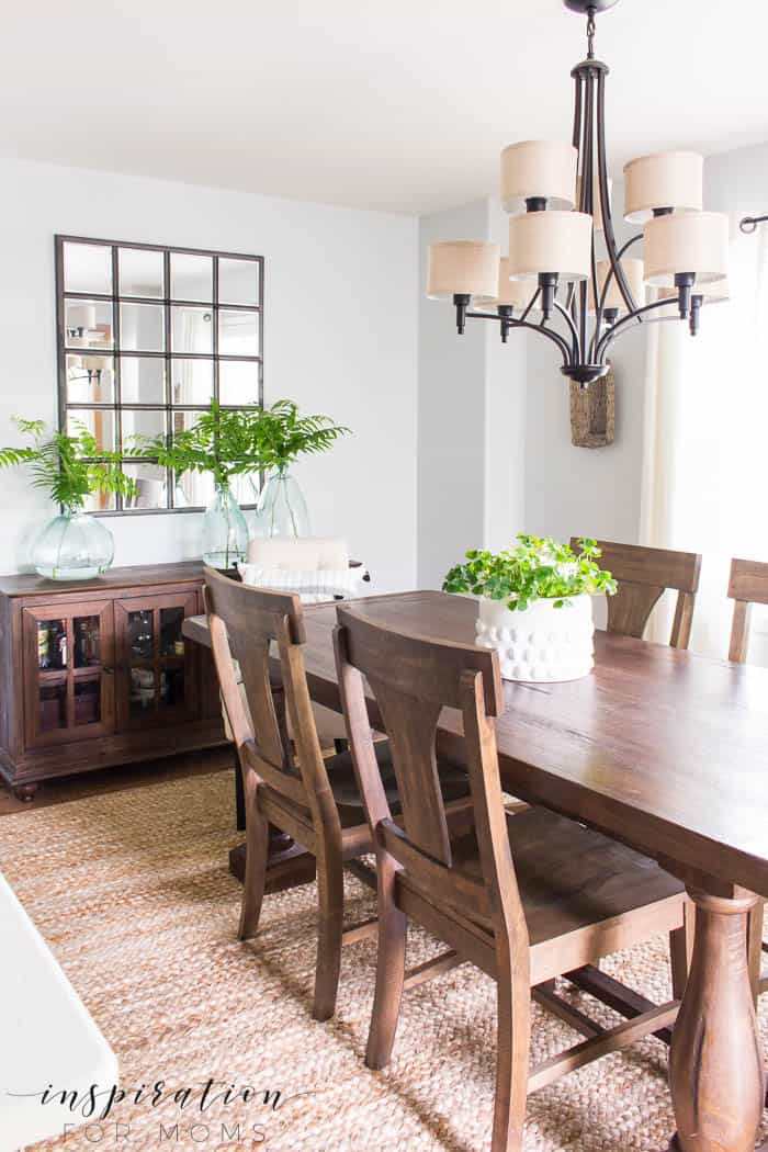 """Simple Summer Dining Room Decor - Inspiration For Moms on """"Room Decor""""  id=58531"""