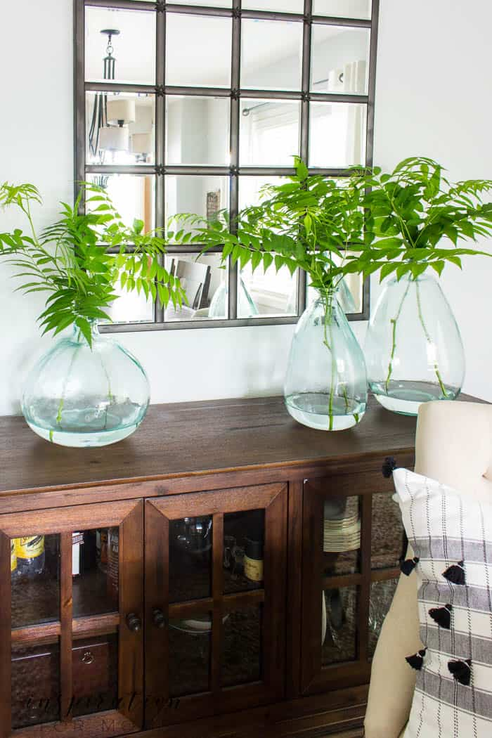 """Simple Summer Dining Room Decor - Inspiration For Moms on """"Room Decor""""  id=75655"""