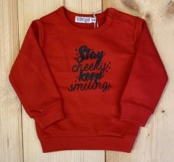 "Rode trui ""Stay cheeky, keep smiling"" - Jonkieskids.nl"