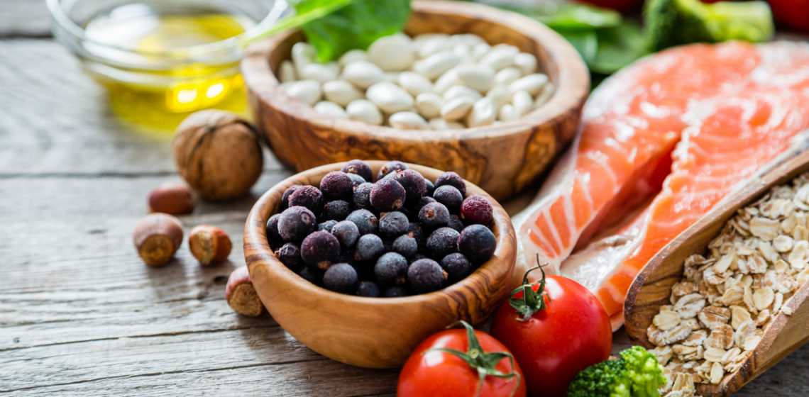 12 Healthy Diet Tips From Nutrition Experts That Help You