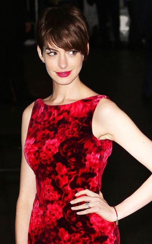 Anne Hathaway Pixie Cut Hairstyles