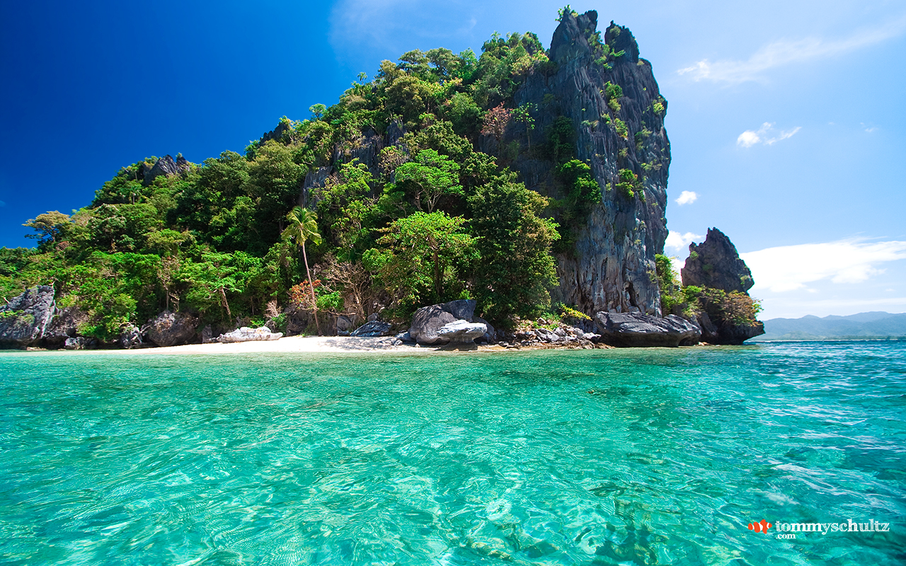 Caribbean Island Desktop Background