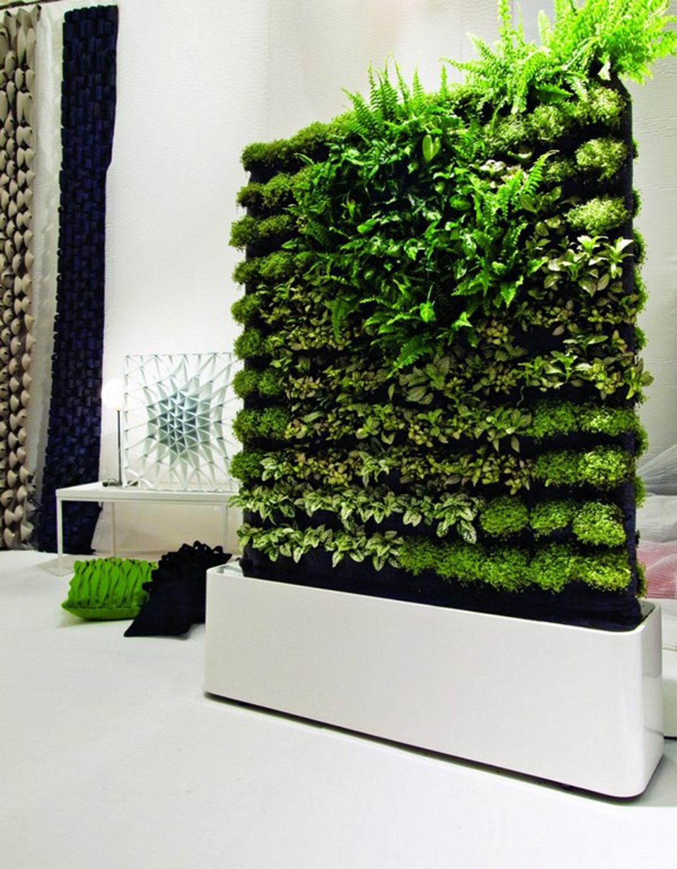 Wall Garden Design, 4 Techniques to Create A Wall Garden ... on Garden Patio Wall Ideas id=20157