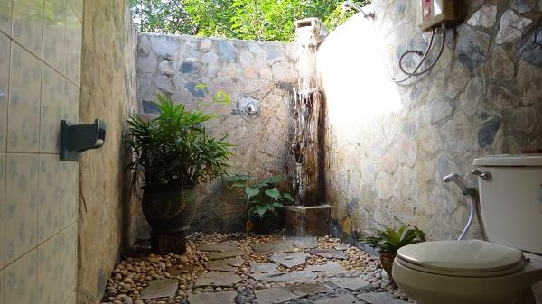 33 Outdoor Bathroom Design And Ideas