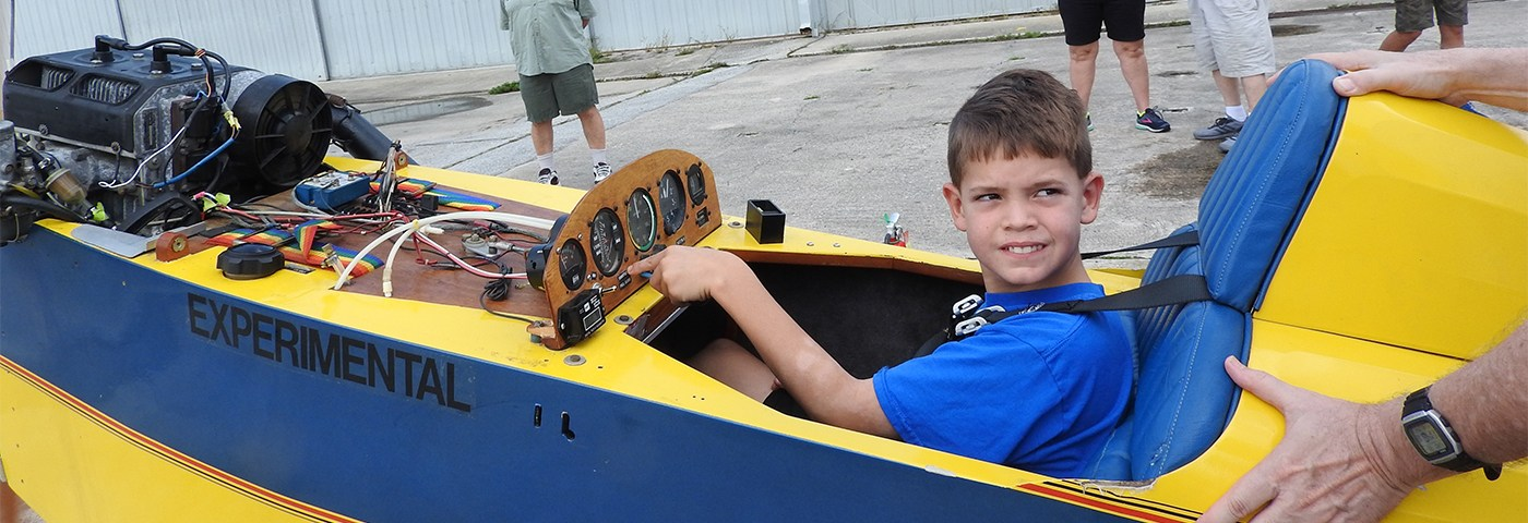 Chapter 534 Restoring Mini-Max with Local Youth – Hangar Flying
