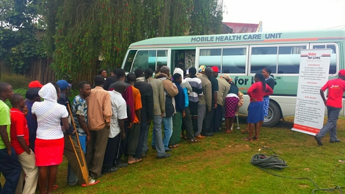 Rides for Lifes : Un concept d'ambulances mobiles en Uganda. Photo: http://ridesforlives.org