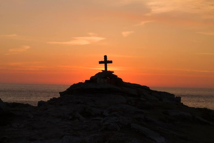 tribute-to-my-friend-cross-sunset