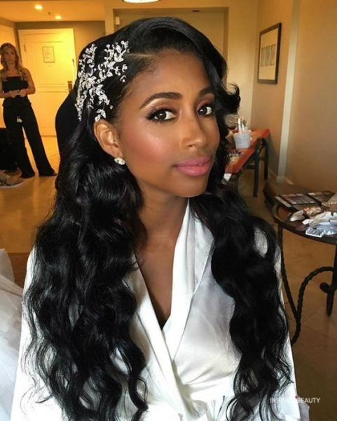 wedding-hairstyles-for-black-women-wavy
