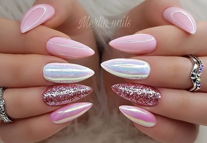 almond nails designs