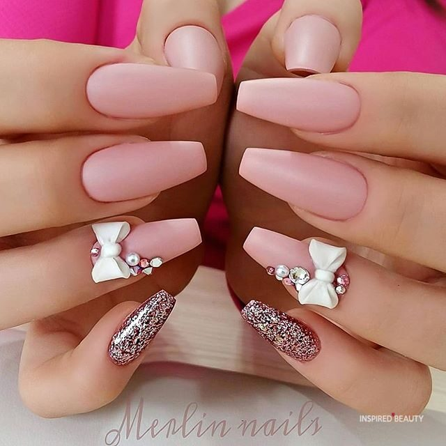 pink nail design that will melt your heart.