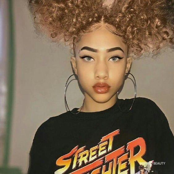 baddie hairstyles for curly hair