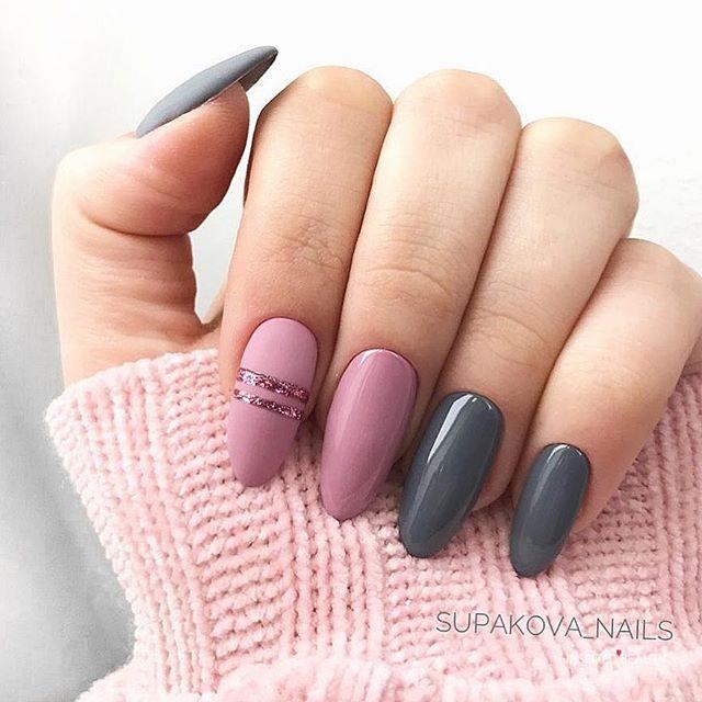 Grey and pink winter nails