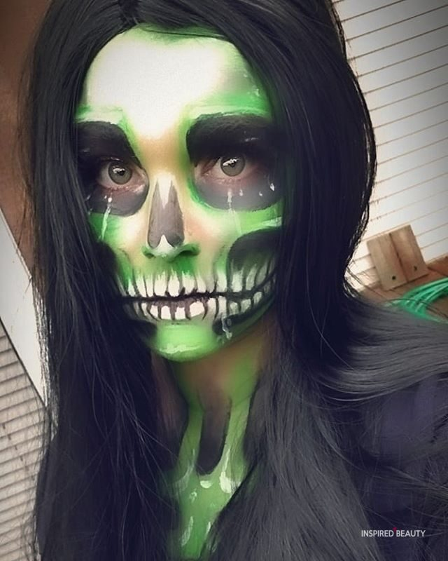 Green and Black Skull Halloween Makeup Ideas