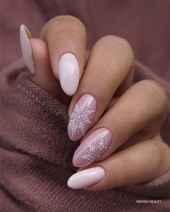 Pink nails for winter