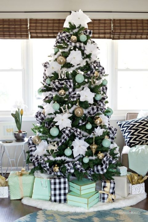 Black and White Plaid Christmas tree ideas