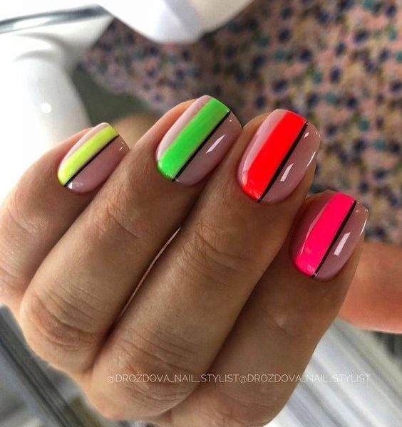 Bright Summer Nails