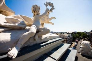 На даху Одеської опери