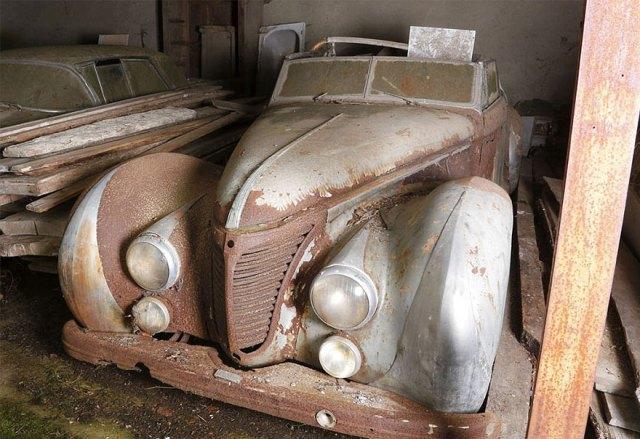 treasure-vintage-old-classic-cars-retromobile-france-roger-baillon-81