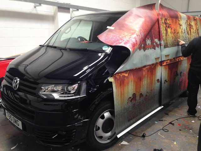 rusty-car-vinyl-wrap-vw-van-clyde-wraps-11