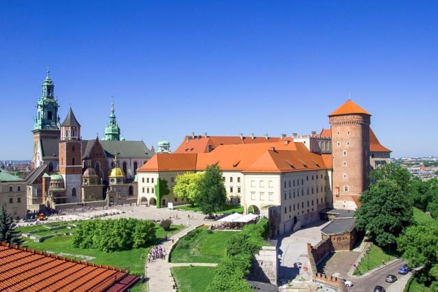 Das Wawel-Schloss in Krakau war früher die Residenz der polnischen Könige in Krakau und zählt gemeinsam mit der Krakauer Altstadt zum Weltkulturerbe der UNESCO, Polen