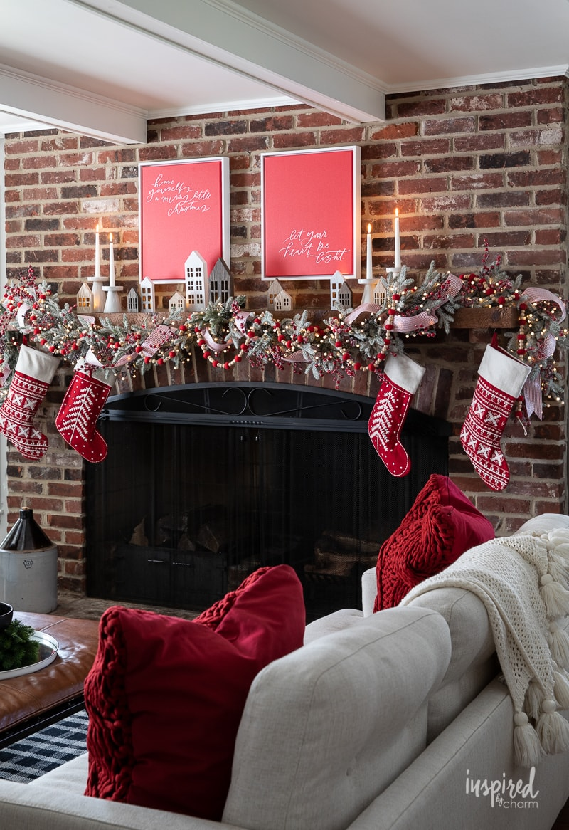 Magical and Cozy Fireplace Christmas Decorations #christmas #mantel #fireplace #decor #decorations #holiday #garland #stocking #cozy