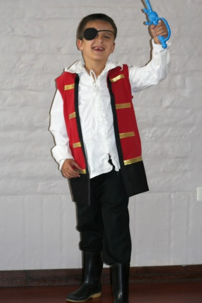 No-Sew Captain Hook Costume From a T-Shirt