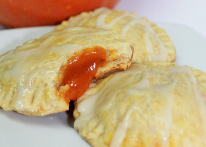 Pumpkin Pie Pop Tarts with Caramel Glaze