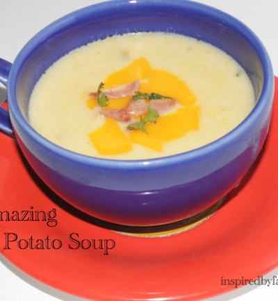 Amazing Cheesy Potato Soup
