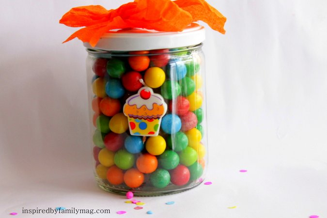 bubble gum jar birthday gift