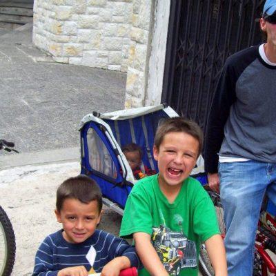10 Family Biking Trip Tips for a Fun Family Bonding Experience