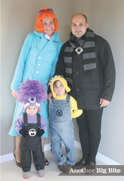 despicable me family costumes