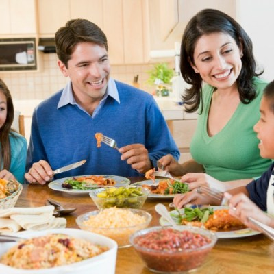 8 Ways to Connect at Your Family Meals