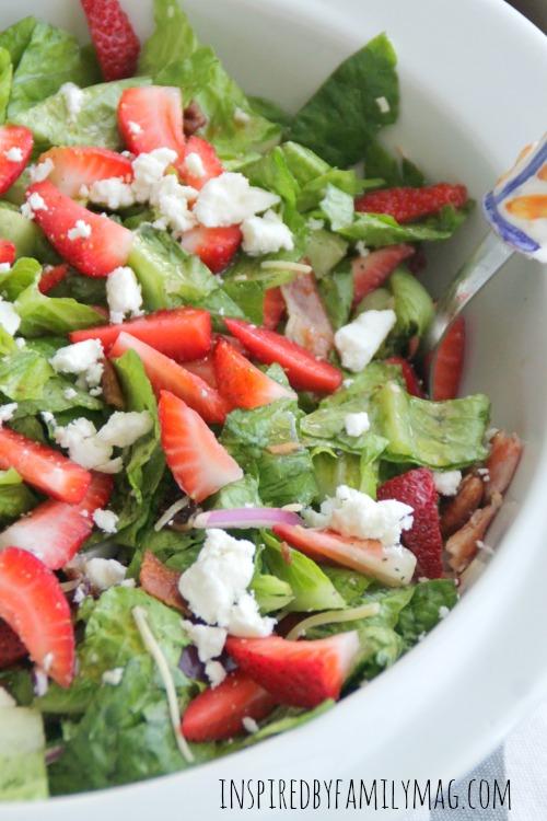strawberry pecan bacon salad