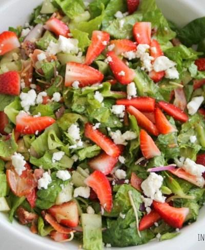 Strawberry Bacon & Pecan Salad