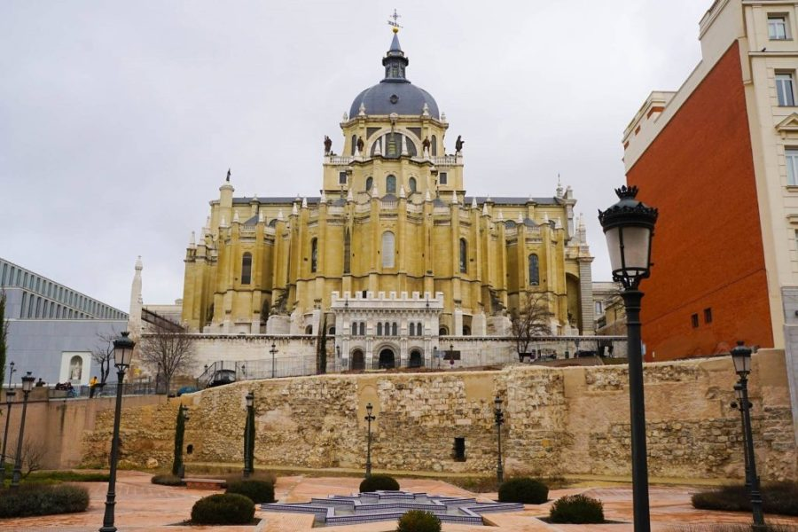 Try A Free Walking Tour Next Time You Explore The World! Free Walking Tours Madrid