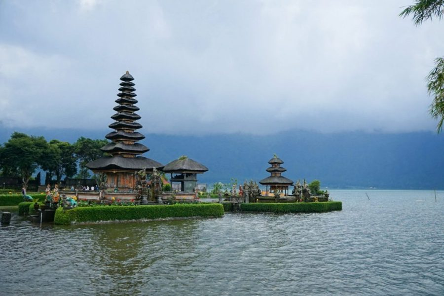 30 Reasons That Will Make You Desperate To Travel to Indonesia! - Bali Temples