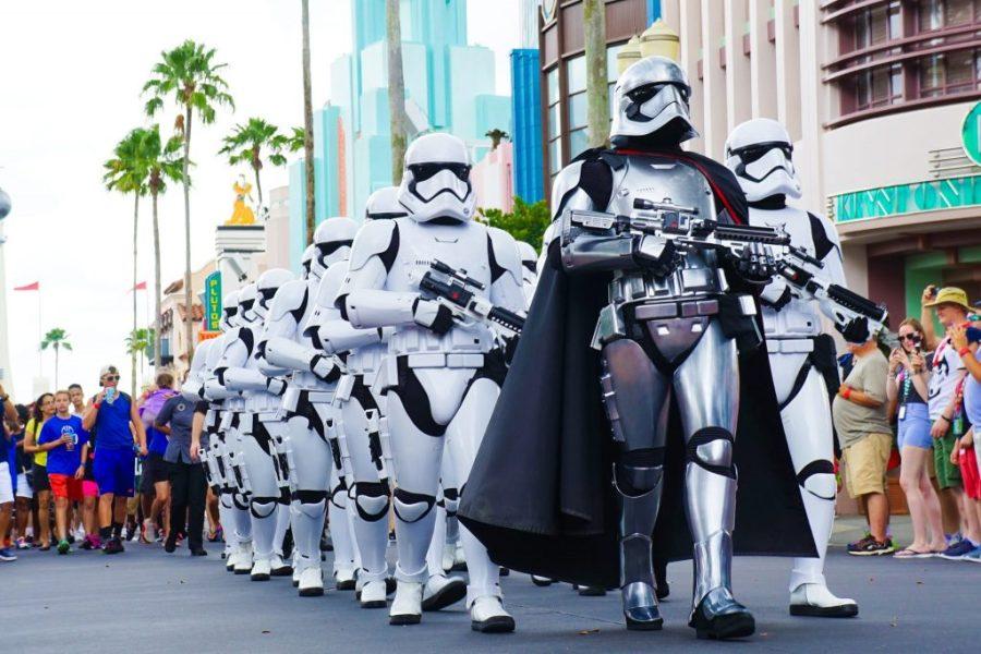Disney World How Many Days Do You Need? - Star Wars Parade