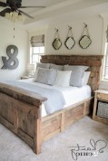 48+ beautiful Farmhouse Style Master Bedroom Ideas 06