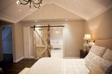 48+ beautiful Farmhouse Style Master Bedroom Ideas 25