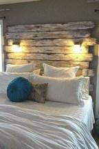 48+ beautiful Farmhouse Style Master Bedroom Ideas 33