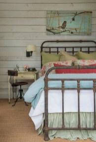48+ beautiful Farmhouse Style Master Bedroom Ideas 48
