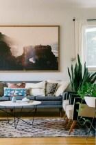 52+ Amazing Mid Century Living Room Decor Ideas 36