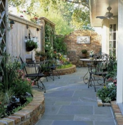 63+ Best Small Backyard Landscaping Ideas 61