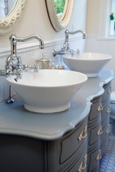13+ Popular Ways To Decor Your Bathroom More Beautiful (10)