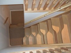 17+ Cool Stairs Design Ideas For Small Space (17)