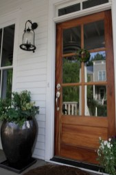 25+ Awesome Farmhouse Exterior Front Door Ideas (24)