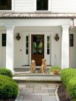 25+ Awesome Farmhouse Exterior Front Door Ideas (3)