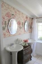 25+ Beautiful Shabby Chic Romantic Bathroom Ideas (4)