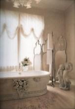 25+ Beautiful Shabby Chic Romantic Bathroom Ideas (8)